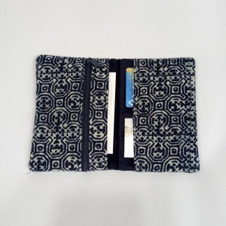 fair-trade-purse-indigo-medium-open