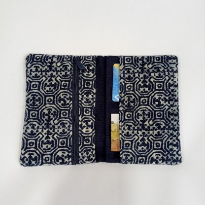 fair-trade-purse-indigo-medium-zipper