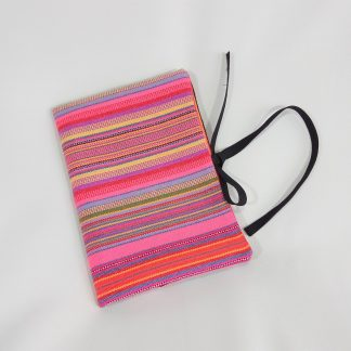 fairtrade-bookcover-hmong