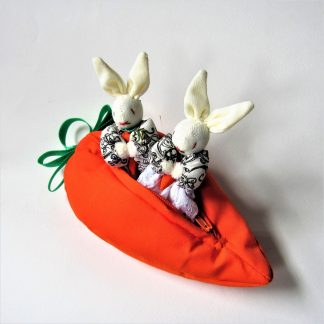fairtrade-toys-carrot-bunny-couple