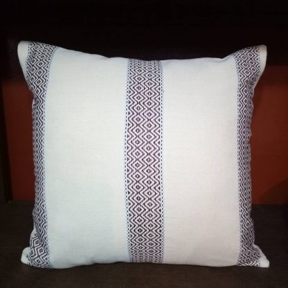 hilltribe_cushion_karen_woven_3lines_frontview