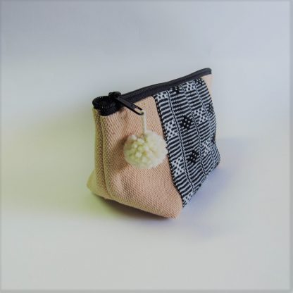fair-trade-pouch-cream-black-white-karen-traditional-pattern-3